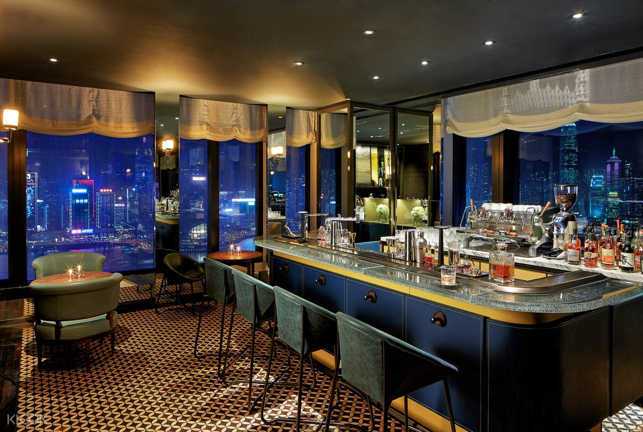 a bar with a romantic setting in manor club